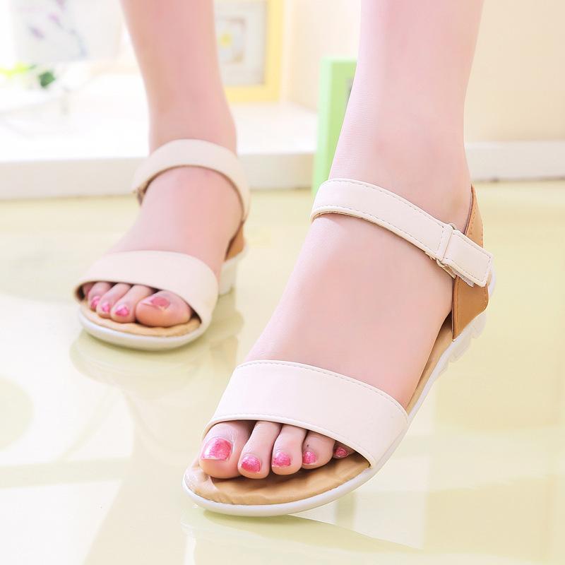 Nouvelles-chaussures-d-été-Femme-sandales-2015-plat-avec-sandales-pour-femmes-chaussures-Sandale-Femme-noir
